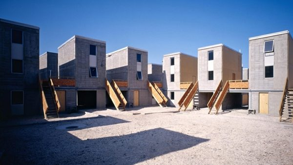 Alejandro-Aravena-Quinta-Monroy-Housing-ok-728