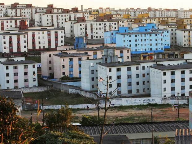 Vista da maior Cohab da América Latina, no bairro de Cidade Tiradentes, na Zona Leste de São Paulo (Foto: Tiago Queiroz/Estadão Conteúdo)