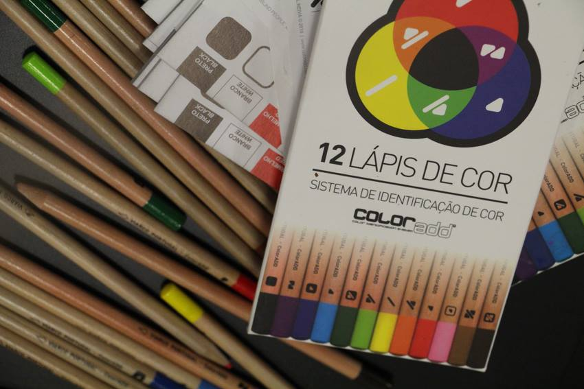 lápis de cor daltónicos coloradd