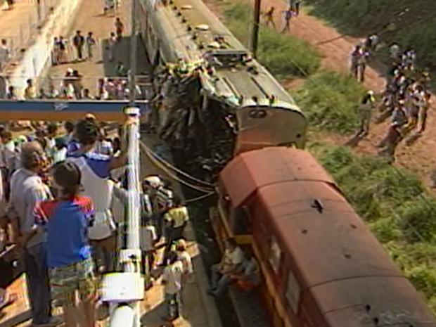 Acidente com trens ocorreu entre dois trens na Estação Itaquera, na Zona Leste de São Paulo (Foto: Reprodução/Cedoc TV Globo)